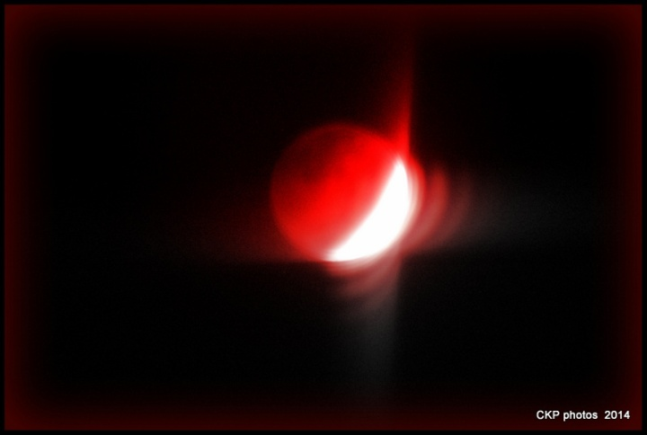 Blood moon and in the hood 032.NEF